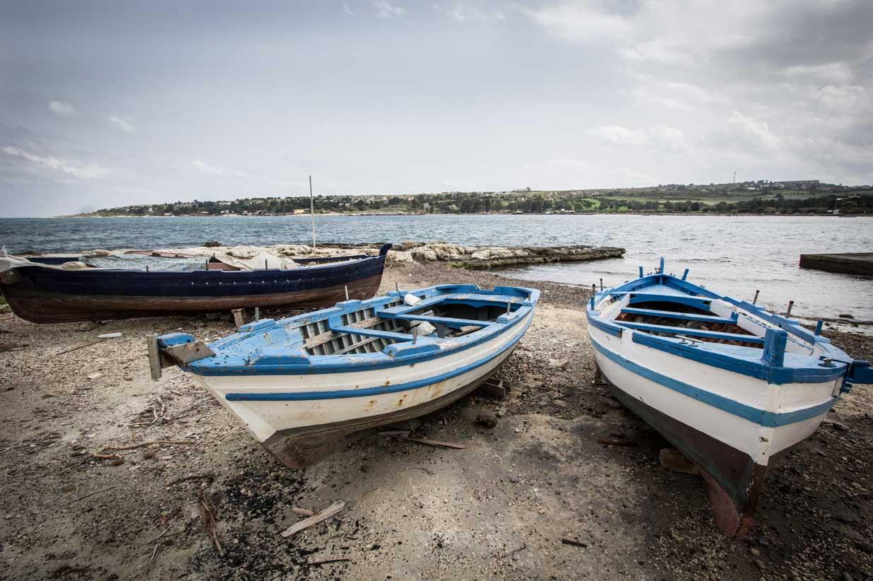 Luoghi e Territori #6 – Brucoli, nostalgia marinara
